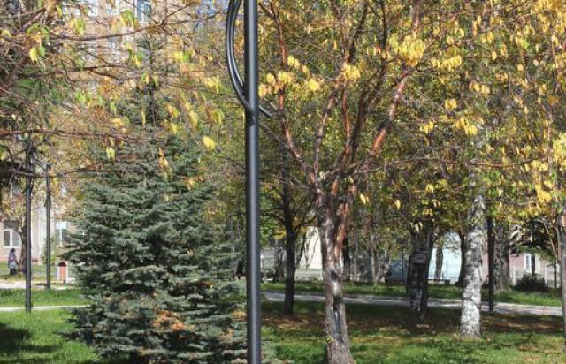 Установка люстры освещения квартира дом. Электромонтаж Киев, Ирпень, Буча